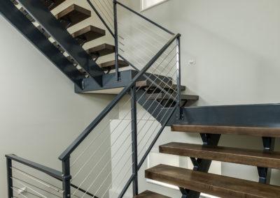 XH1F2830 stairs 1